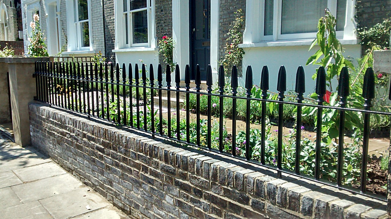 ordinary prix menuiserie aluminium maroc 8 grille cloture en fer forge exterieur jardin villa. Black Bedroom Furniture Sets. Home Design Ideas