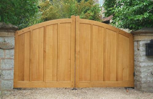 Portail bois portail coulissant pas cher portail pas cher for Menuiseries bois pas cher