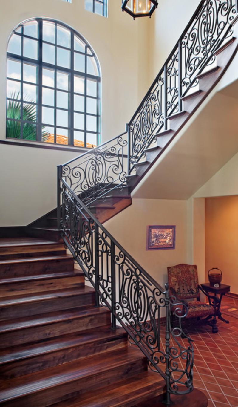 Rampe escalier en fer forge ferronnerie d art ferronnerie d art for Escalier en fer forge