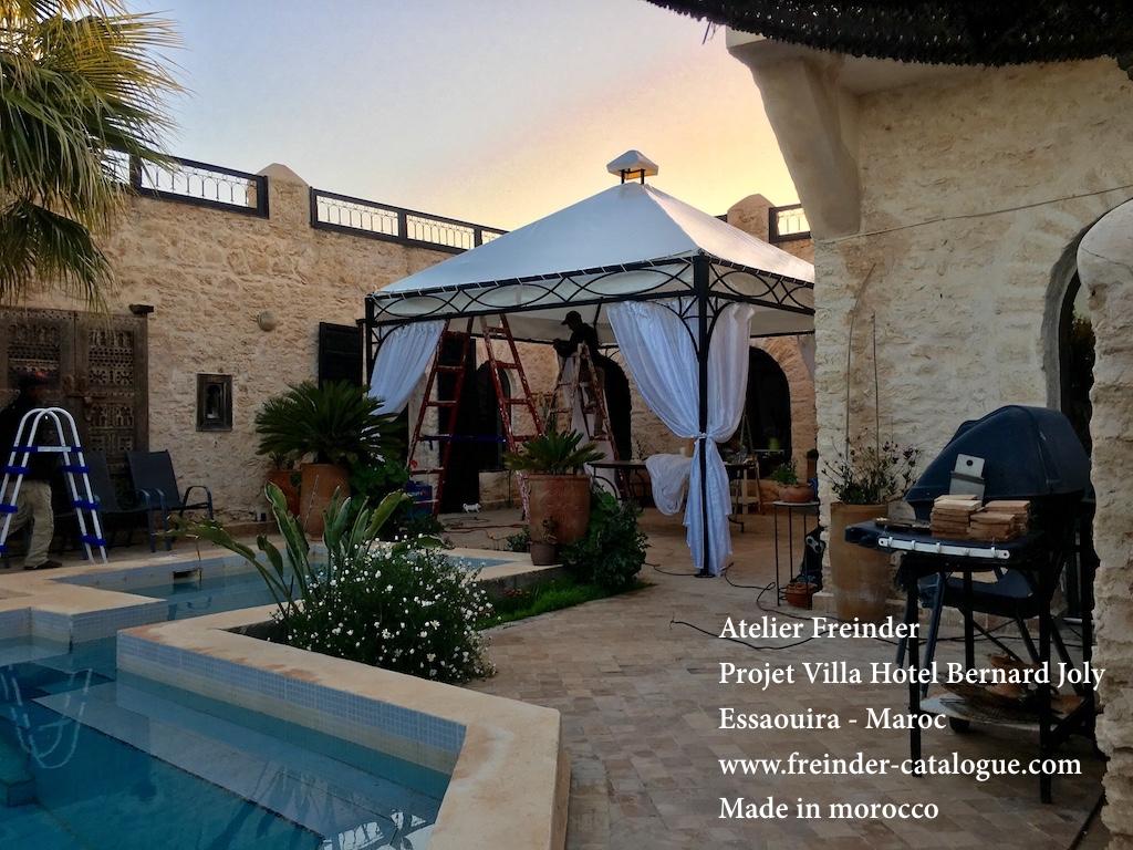 pergola tonnelle abris de jardin en fer forg sur mesure pour terrasse proven ale. Black Bedroom Furniture Sets. Home Design Ideas